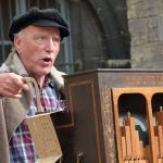 Chant et orgue de Barbarie à Dijon, 2015